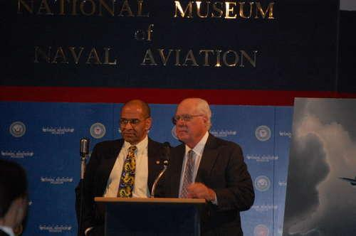 42_tony_jobe_introduces_keynote_speaker_ntsb_vice_chairman_christopher_hart__large